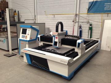 चीन Laser power 2000W fiber laser cutting machine for cutting stainless steel and carbon steel फैक्टरी