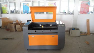 चीन Co2 Laser Wood Engraving Machine Size 500 * 700mm , Rubber Stamp Engraving Machine फैक्टरी