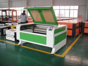चीन 80W High Precision CO2 Laser Cutting and Engraving Machine , Laser Metal Engraver वितरक
